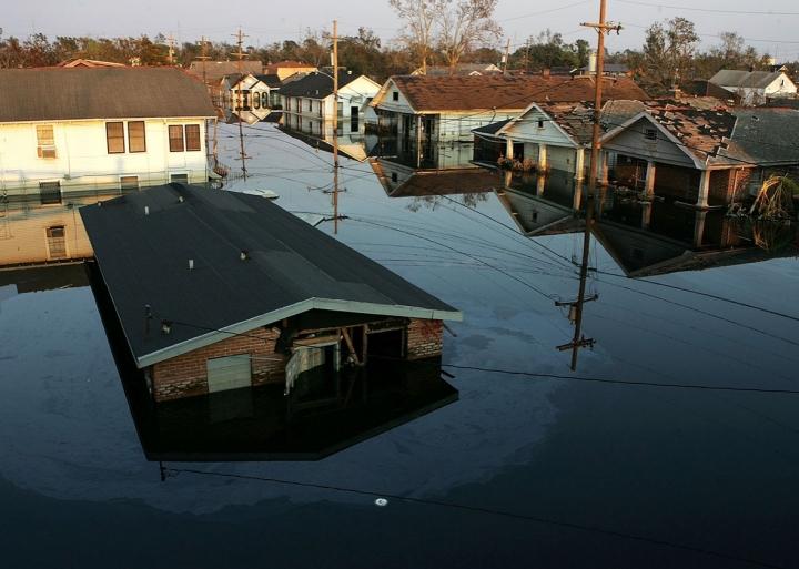 casa bajo el agua